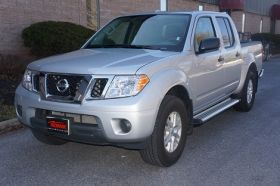 Nissan Frontier Crew Cab Running Boards Romik® RB2-TS Side Steps (2005 - Present)