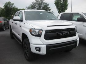 Toyota Tundra Double Cab Running Boards Romik® RAL-TB Side Steps (2007 - Present)